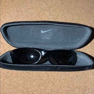 NEW Authentic NIKE - Sunglasses with Case